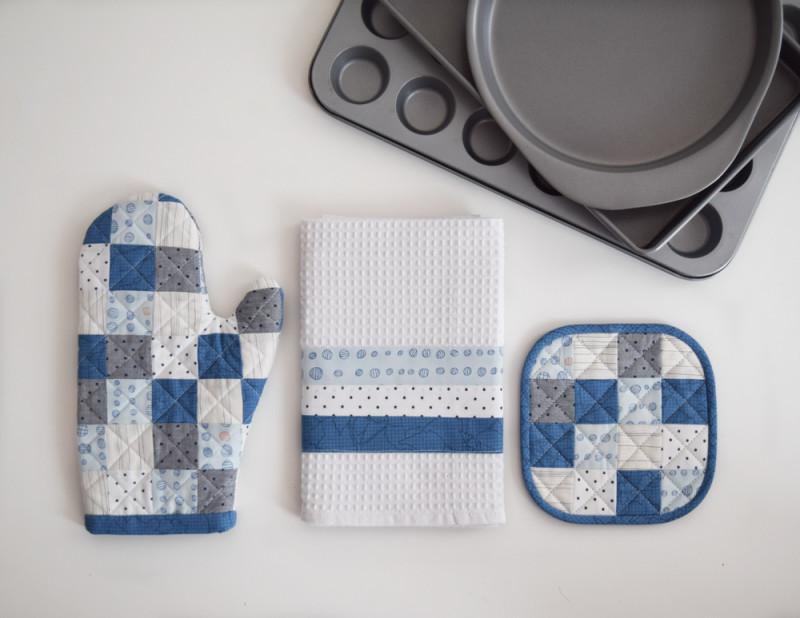 SheQuiltsAlot-Kitchen-Set-5