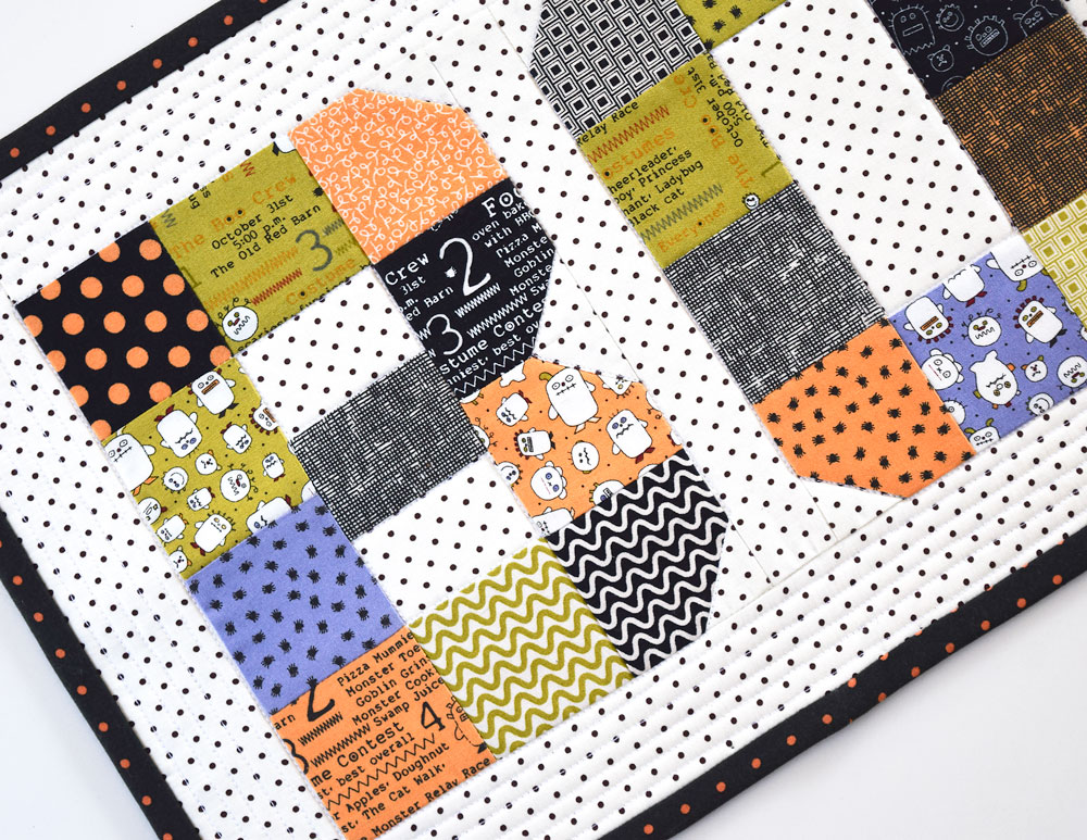 Boo! Mini Quilt Pattern - She Quilts A Lot